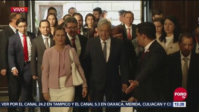 AMLO llega al antiguo Senado para entrega de medalla Belisario Domínguez