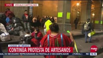 Artesanos Triquis Mantienen Afuera Edificio Gobierno Capitalino
