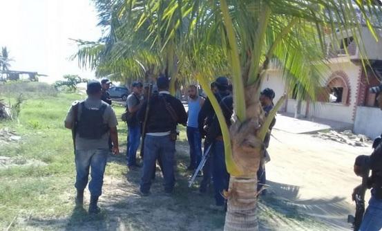 Hombres armados atacan comunitarios Barra Vieja, Acapulco