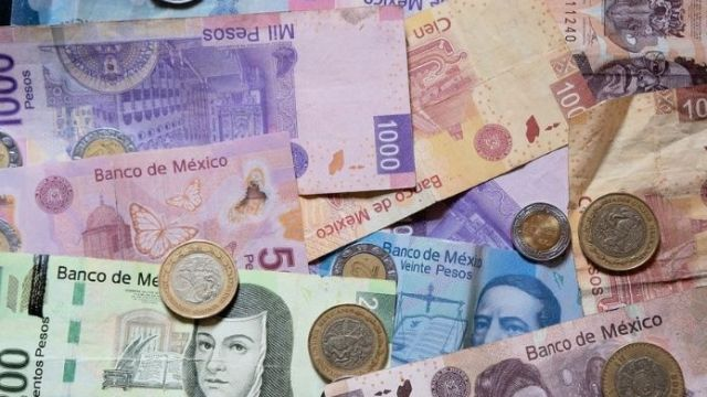 México aumentará salario mínimo en 16% a 102.7 pesos en 2019
