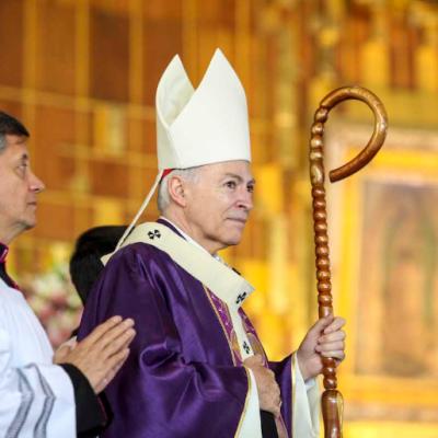 Cardenal Carlos Aguiar llama a los fieles a prepararse para celebrar la Navidad