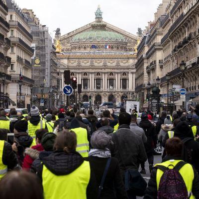 Sexta jornada de protesta de 'chalecos amarillos' en Francia con menos convocatoria