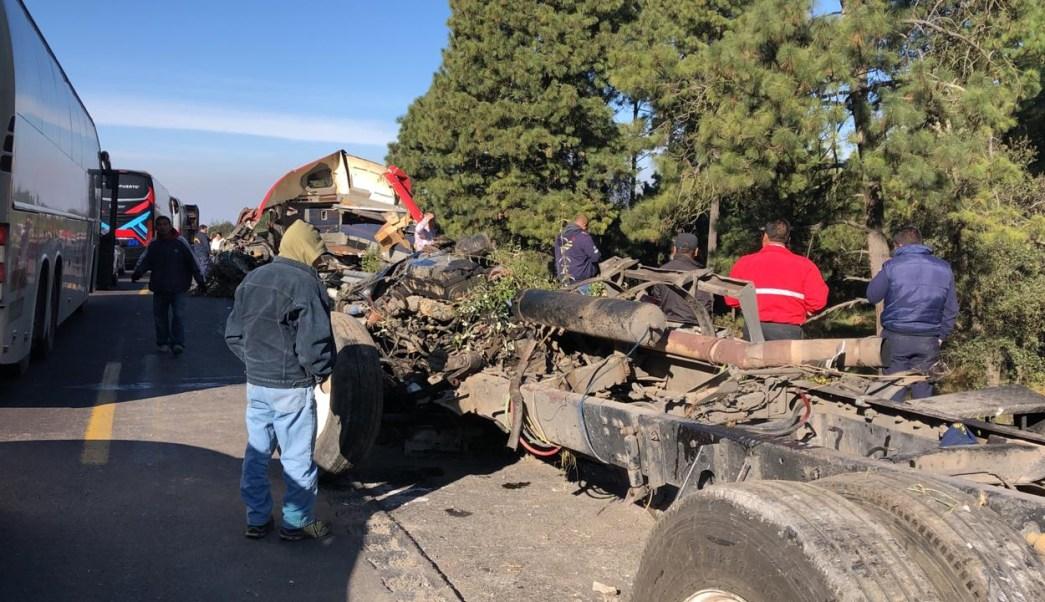 Cierre en autopista México-Puebla por accidentes en km 50