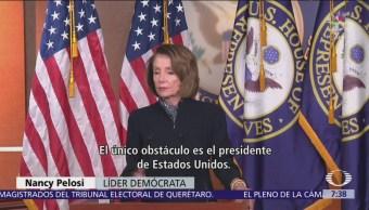 Demócratas cuestionan a Trump por decir que México pagará muro
