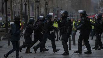 Detenidas 2,000 personas en protestas de chalecos amarillos