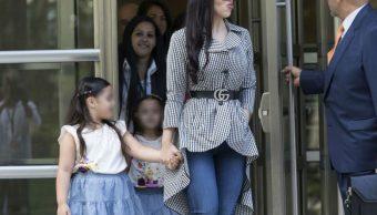 Chapo Guzmán se emociona al ver a sus hijas