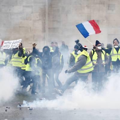 Disturbios en Francia demuestran que Acuerdo de París es erróneo: Trump