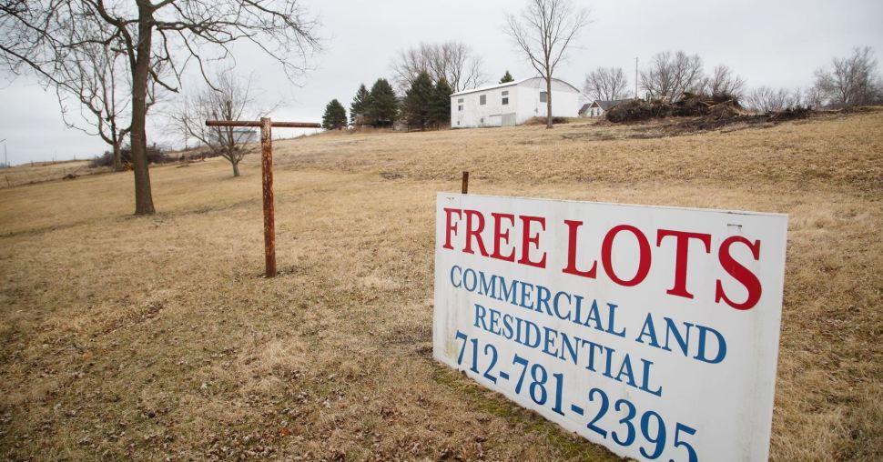 El poblado de Marne, en Iowa, ofrece tierra gratuita para uso comercial y residencial a personas que deseen mudarse (AP Images)