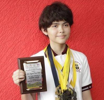 Joven chiapaneca gana oro en Olimpiada Mexicana de Matemáticas