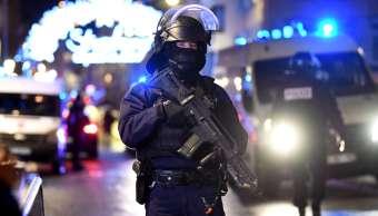 Francia eleva nivel de alerta antiterrorista tras atentado