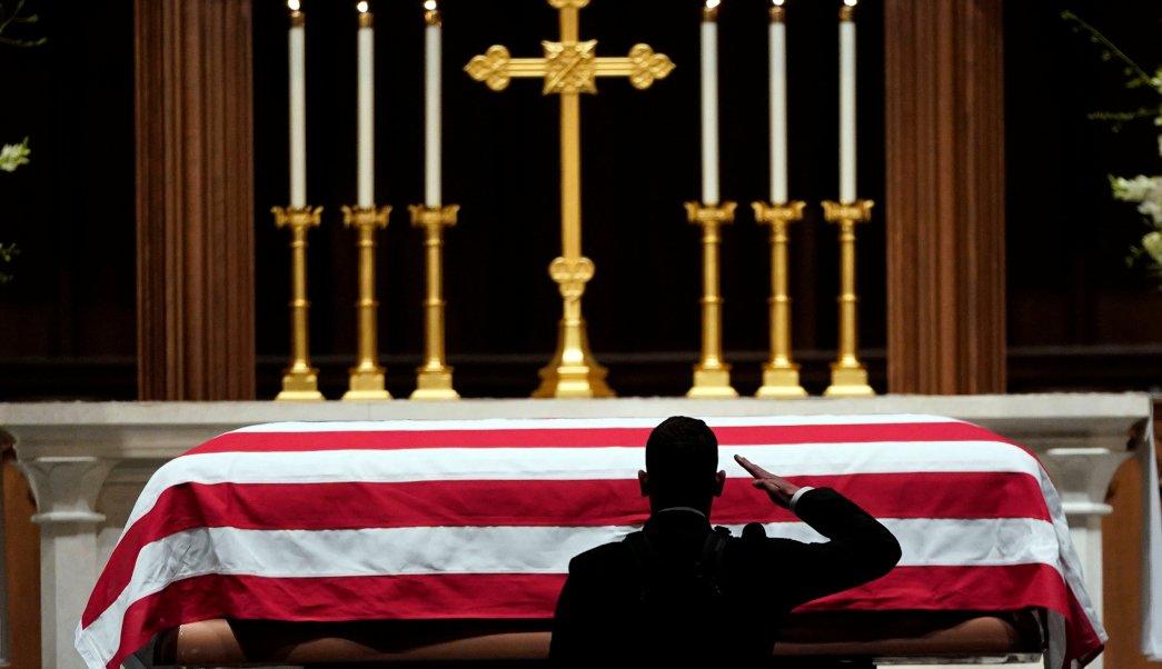 George H. W. Bush vuelve a Texas para último adiós