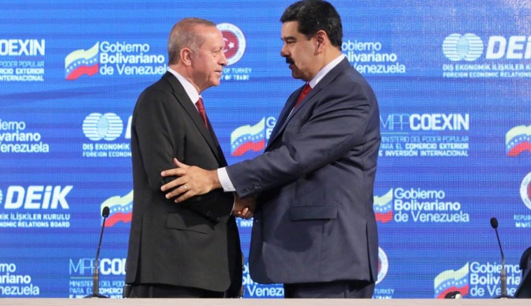Turquía promete apoyo a Maduro ante sanciones y crisis