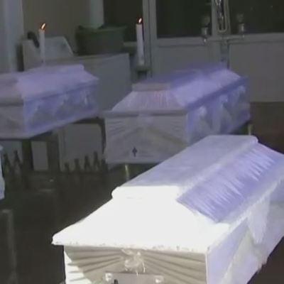 Realizan funerales de 7 niños fallecidos durante incendio en Iztapalapa