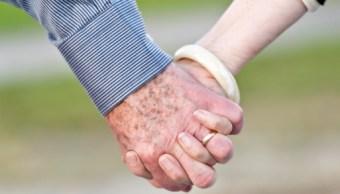 foto pareja tercera edad suicidio