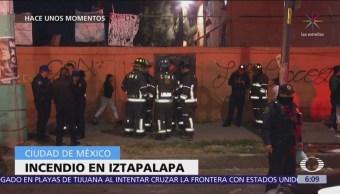 Hombre se inmola dentro de departamento en Iztapalapa