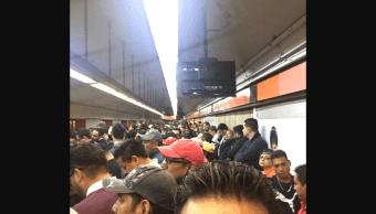 Saturación Línea 7 Metro CDMX Redes Sociales