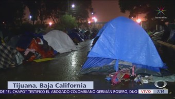 Lluvia no cesa en el campamento 'El Barretal', en Tijuana