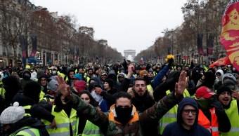Chalecos amarillos' ocupan decenas de rotondas en Francia