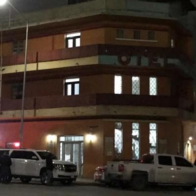 Rescatan a víctima de secuestro y a 93 migrantes en hotel de Monterrey