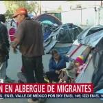 Migrantes en Tijuana eligen dormir en la calle que ir al nuevo albergue