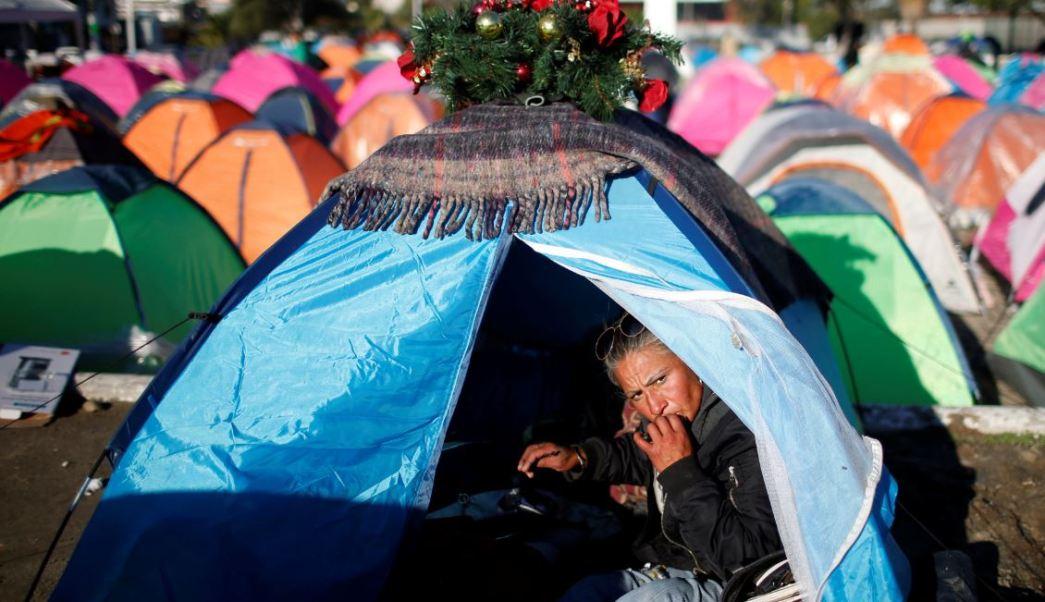 Migrantes del albergue 'Benito Juárez' rechazan reubicación en Tijuana