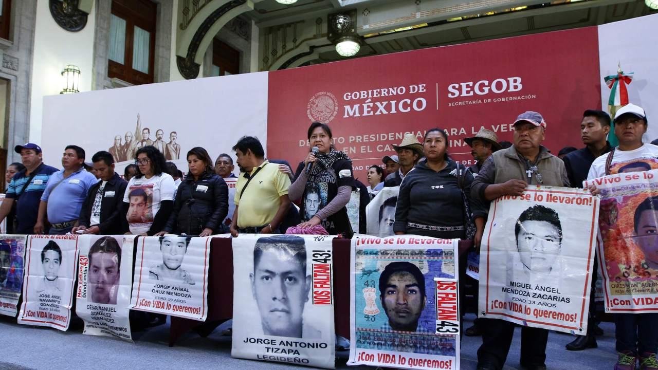 Foto: Padres de los normalistas desaparecidos de Ayotzinapa, 9 febrero 2019
