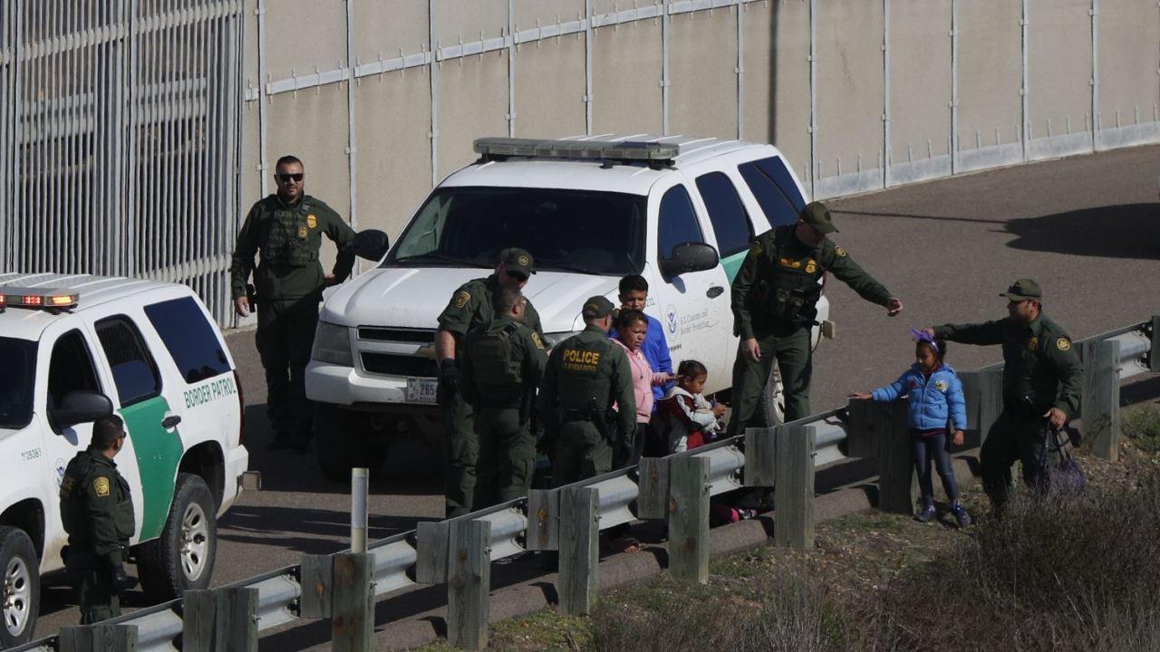 Guatemala identifica a niña migrante muerta en EU