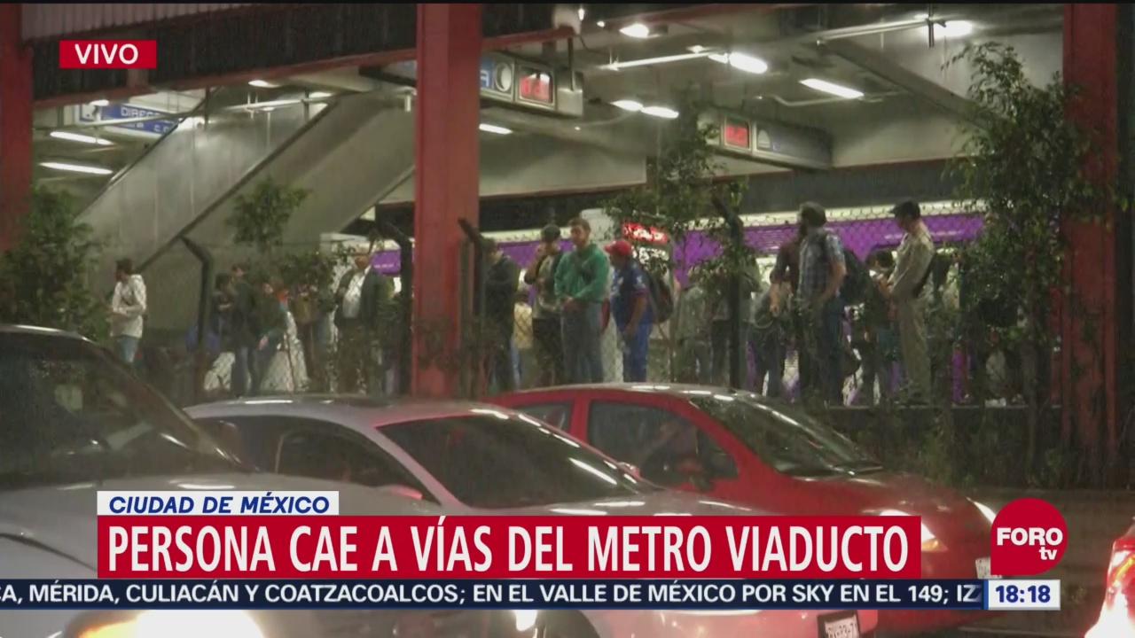 Persona cae a vías de la estación Viaducto del Metro