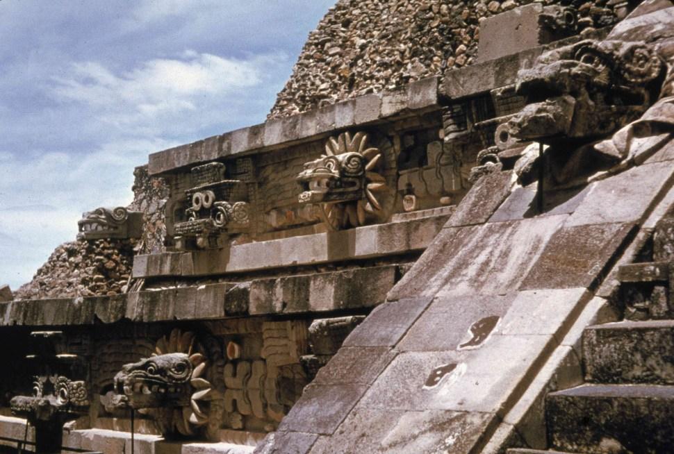 piramide-quetzalcoatl-teotihuacan