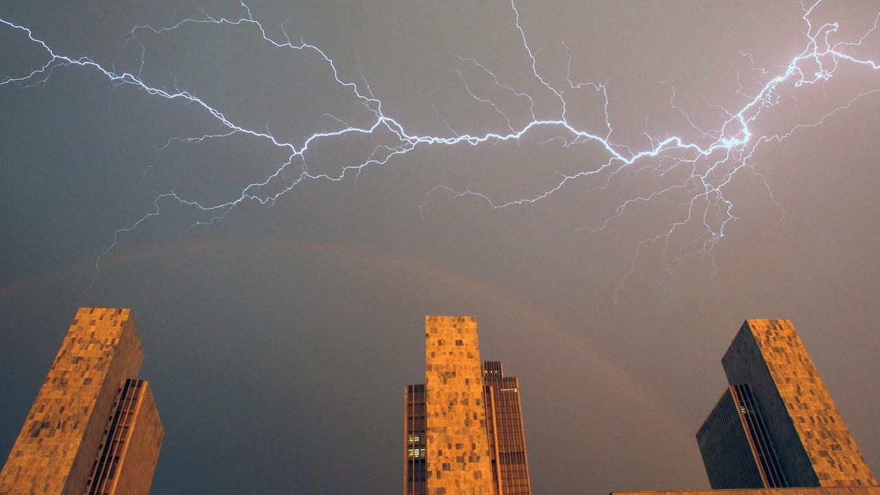 Rayos-Tormenta-Electrica-Como-se-forman-Fenomeno-natural
