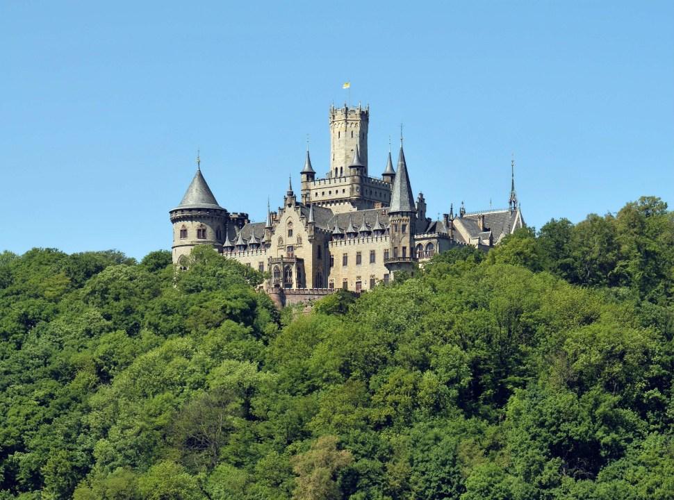 venden-castillo-europeo-solo-un-euro-marienburg