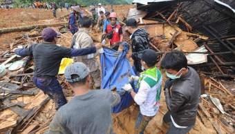 Indonesia: Al menos 9 muertos y 38 desaparecidos por deslizamiento de tierra