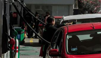 Juez ampara a ciudadano para garantizarle abasto de gasolina