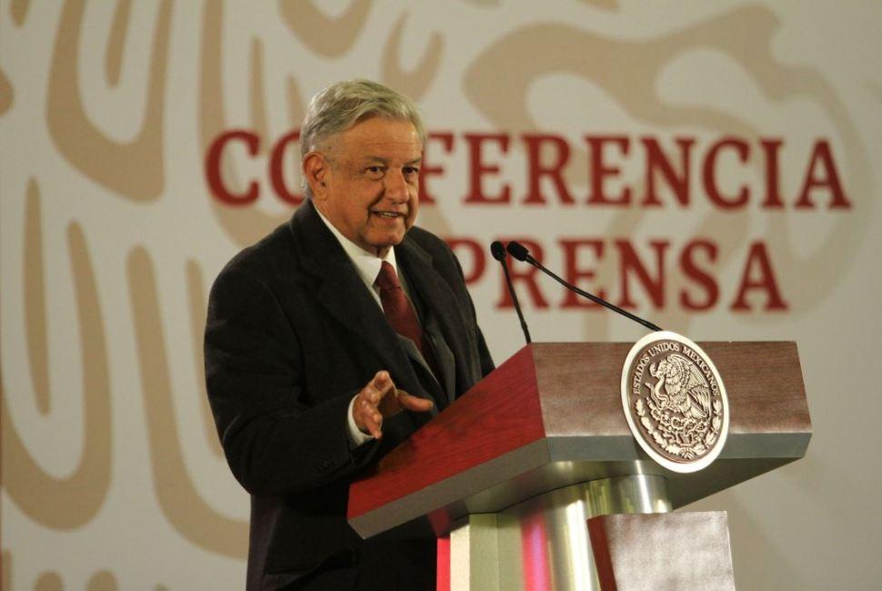 AMLO ofrece su conferencia matutina sobre declaración de bienes