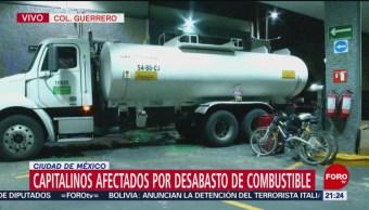 Llega pipa a gasolinera en la colonia Guerrero de la CDMX