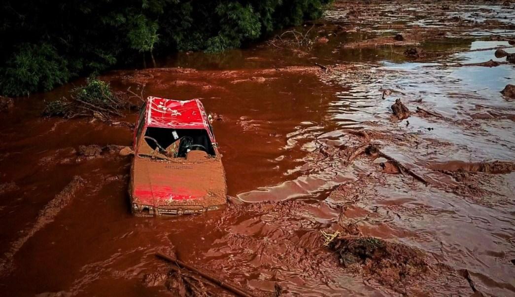 suman nueve muertos 300 desaparecidos por rotura presa brasil