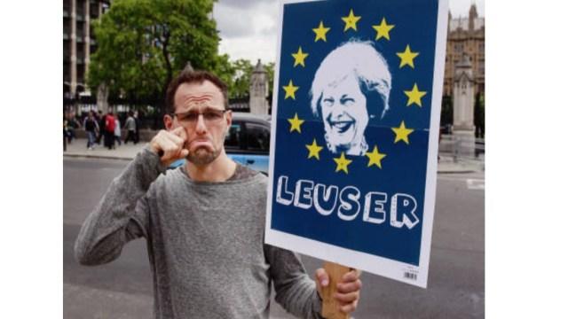 Brexit: May busca resolver problema de frontera irlandesa