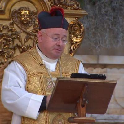 Explican en Catedral de México significado de la llegada de los Reyes Magos