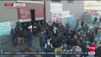 Centroamericanos Se Resisten A Dejar Bodega Que Los Alberga, Centroamericanos, Resisten A Dejar Bodega, El Barretal