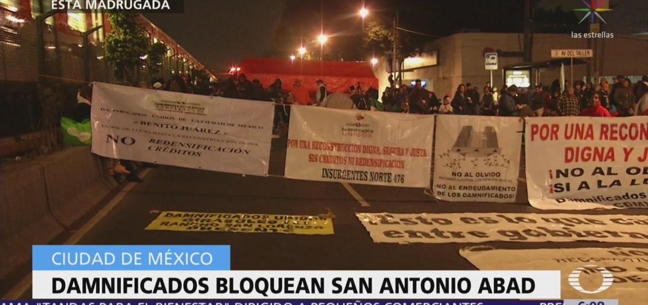 Damnificados de Tlalpan bloquean San Antonio Abad