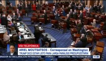 Demócratas y Republicanos mantienen negociaciones para reapertura de administración