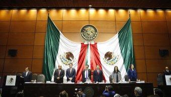 FOTO: Pleno de la Comisión Permanente de la Cámara de Diputados guarda minuto de silencio en memoria de los fallecidos en explosión en Tlahuelilpan, Hidalgo, México, 23 de enero de 2019