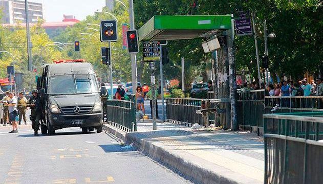 Cuatro heridos por explosión en parada de autobús en Chile