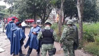 Explota almacén clandestino de combustible en Tabasco