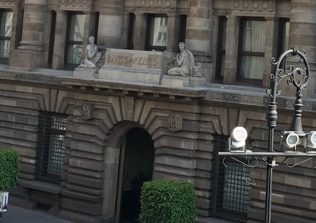 Foto: Fachada del Banco de México (Banxico) en la Ciudad de México, junio 3 de 2018 (Twitter: @FAlcocerMtz)