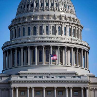 Cámara de Representantes envía a Trump ley para finalizar cierre de Gobierno