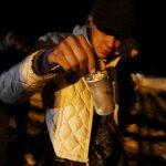 EEUU lanza gas lacrimógeno para detener cruce de migrantes