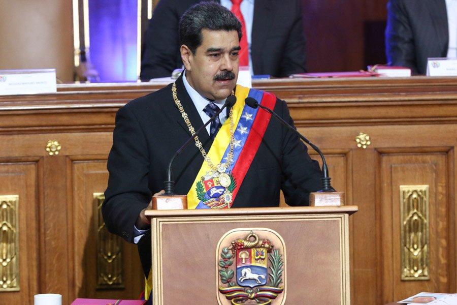 Maduro aumenta 300 por ciento salario mínimo en Venezuela
