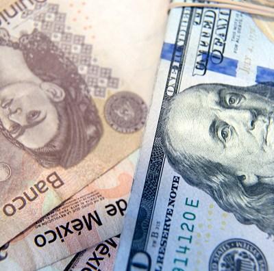 Peso mexicano gana frente al dólar, que cotiza a 19.32 pesos