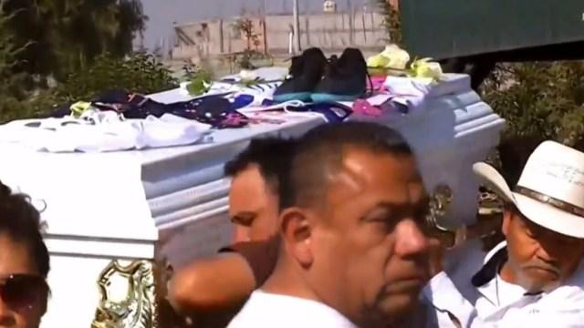 Familiares despiden con dolor a Giselle, la niña de 11 años que desapareció en Chimalhuacán